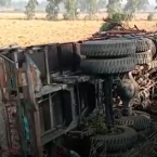 Two trucks collide on Ferozepur National Highway, both drivers dead